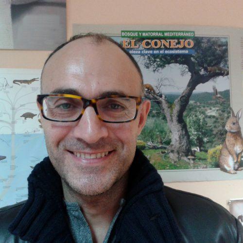 Entrevista al Doctor Tomás Merchán. La enfermedad hemorrágica del conejo
