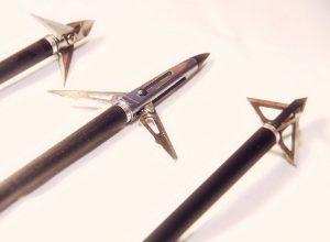 Caza con arco-reportajes-tipos-de-flechas-y-puntas-para-caza-mayor-puntas-mecanicas