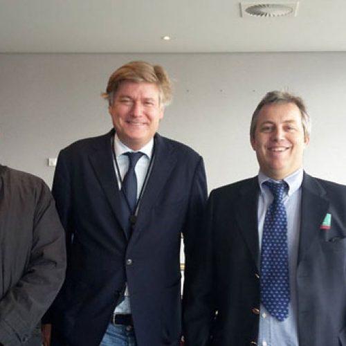 La ONC continúa con las reuniones en Bruselas para evitar una modificación de la directiva de armas