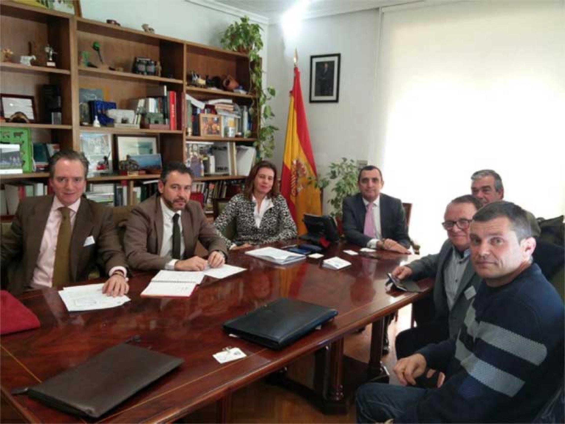 La ONC y el MAPAMA trabajan conjuntamente contra la gripe aviar