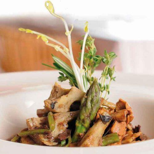 Receta de gazpacho manchego con liebre, perdiz, conejo y faisana