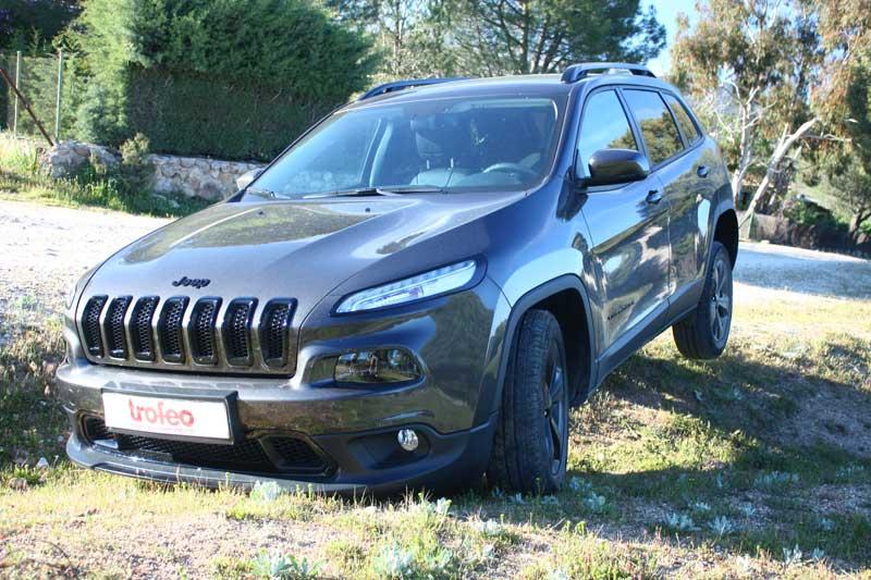 Jeep-Cherokee-2