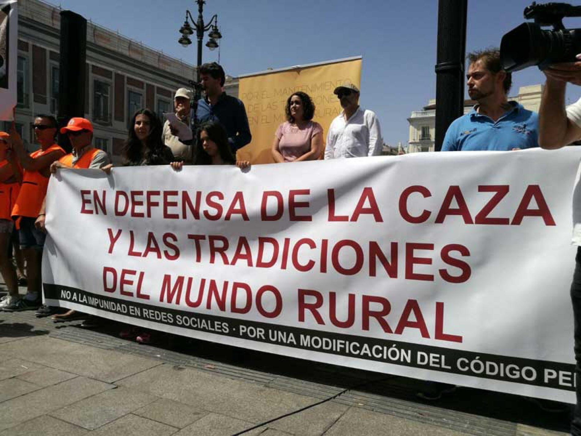 El mundo de la caza reclama reformar el Código Penal para frenar la impunidad en las RRSS