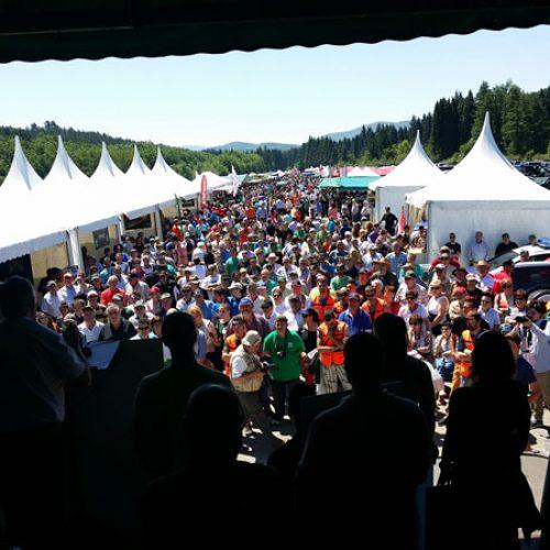 Baño de multitudes en el XXIII Día del Cazador y Pescador
