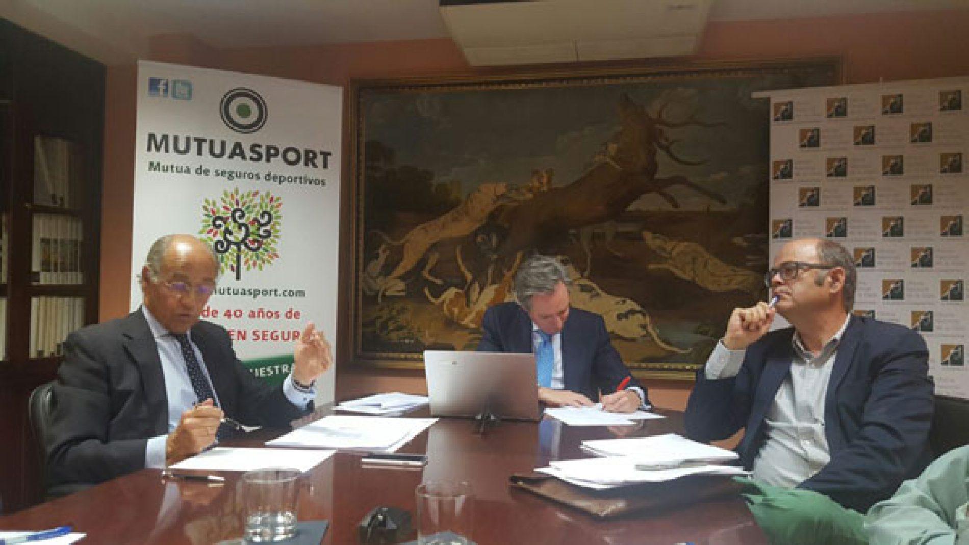 PP y PSOE muestran su apoyo a la caza #lacazatambienvota