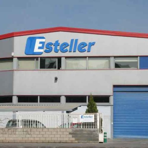 Esteller asume la distribución de las marcas de Altitud en España
