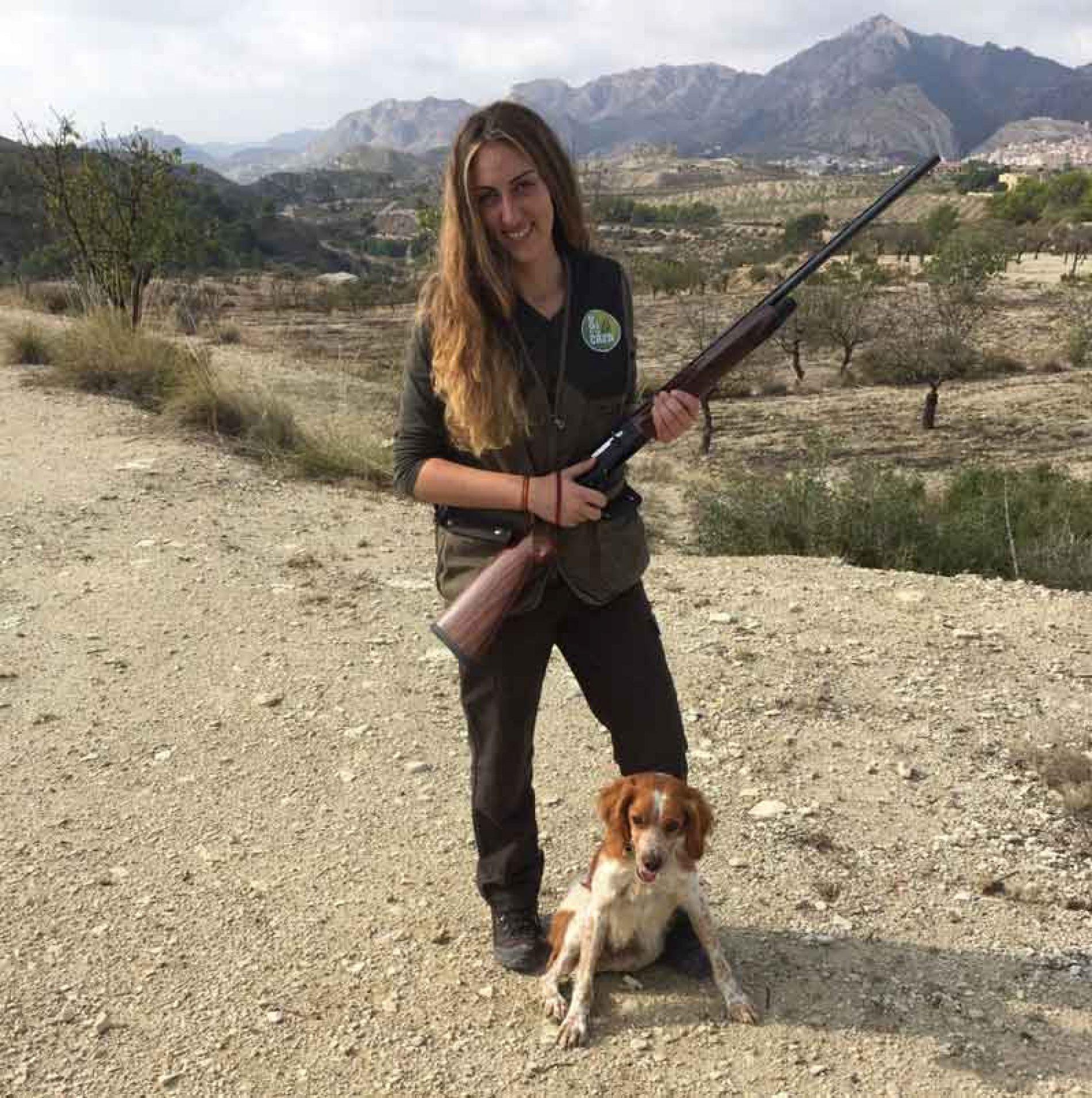 La ONC se suma a la campaña de FACE  para fomentar la caza femenina