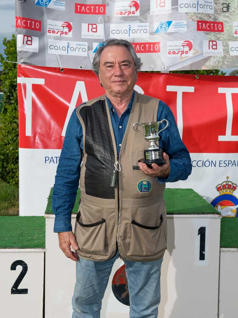 Fernando Pérez ganador de Superveteranos