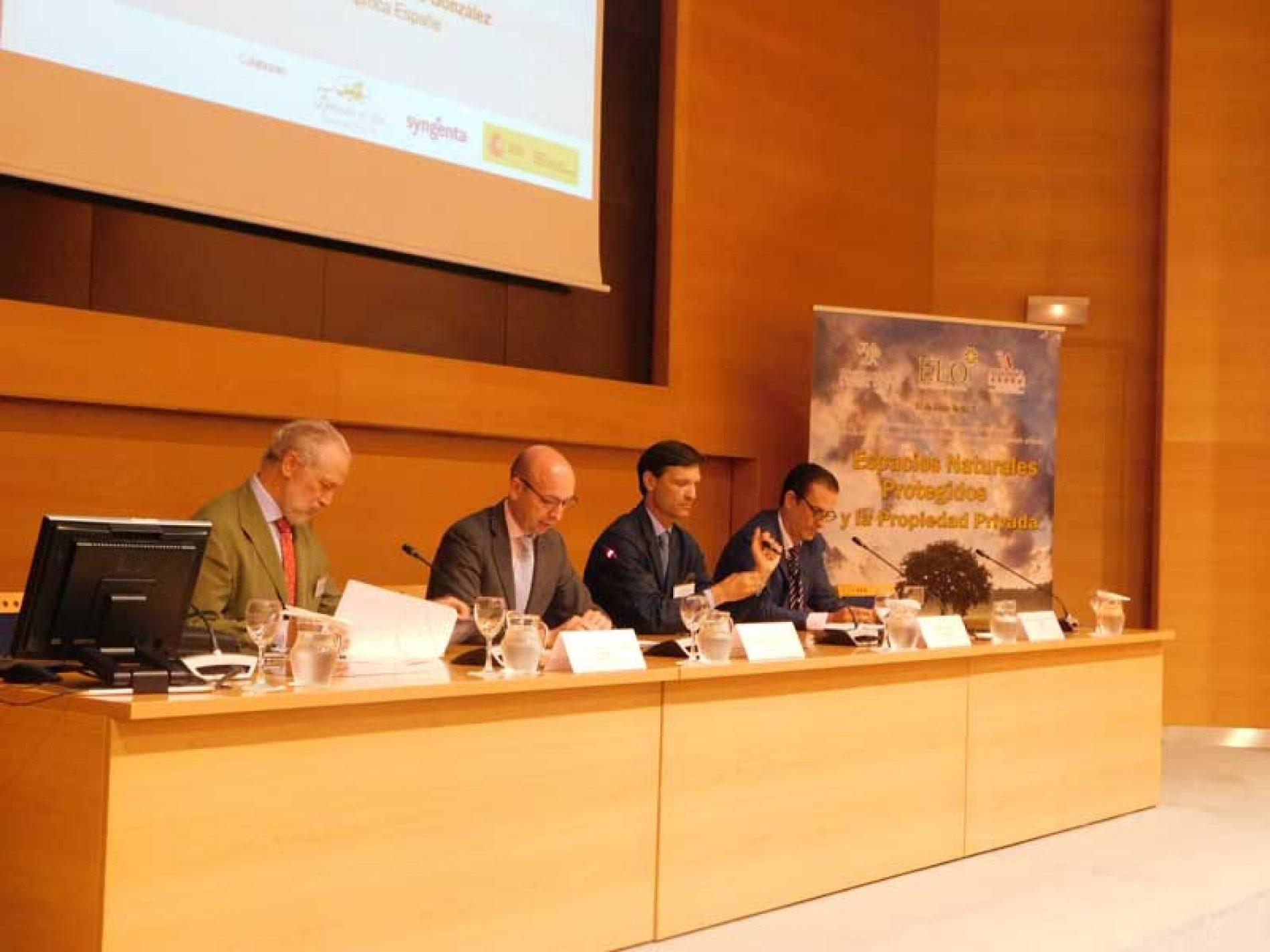 A debate la gestion de los espacios protegidos y la - Gestion de espacios ...