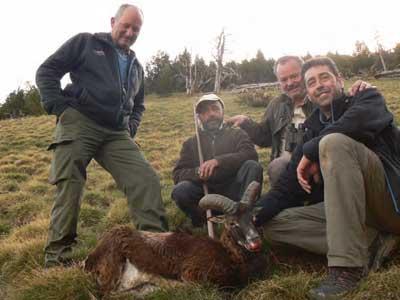 Reserva-Alt-Pallars-pablo-con-mas-cazadore