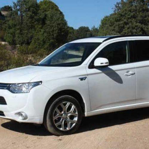 Prueba del Mitsubishi Outlander PHEV, impulso eléctrico