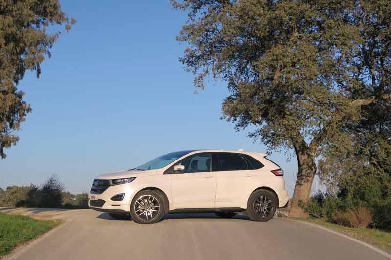 Ford-edge-carretera