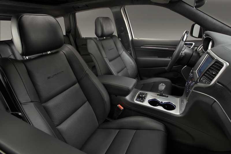 Jeep-Gran-Cherokee-3.0-interior