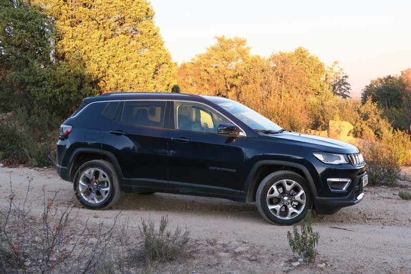 Jeep-Compass-Limited-despi