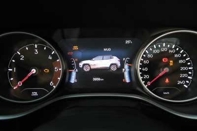 Jeep-Compass-Limited-salpi1