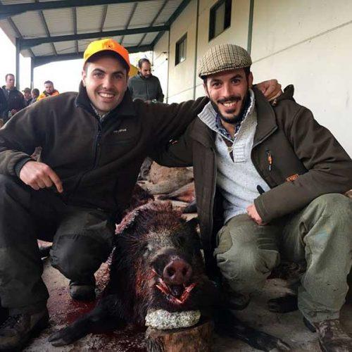 48 monteros disfrutaron de un buen día de montería en Cabezaparda