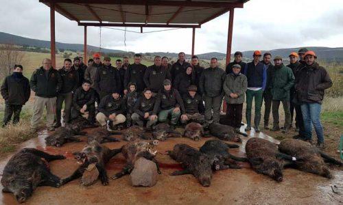 36 Jabalís para 55 monteros en la montería El Pozuelo Bajo