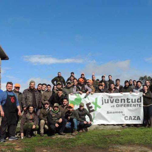 Más de 100 jóvenes cazadores se reúnen en la II convivencia de Jocaex