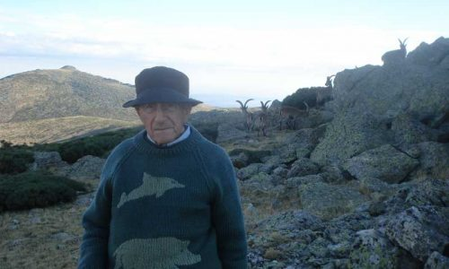 D. José Benito Urquijo con 93 años cumple el sueño de cazar una cabra montés