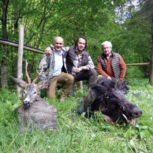 Cazando jabalíes y corzos en la primavera de los Balcanes