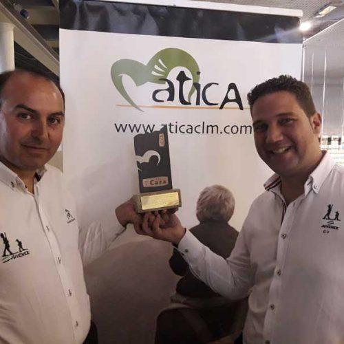 """Juvenex galardonado con el premio """"Organización Defensora de la Caza"""""""