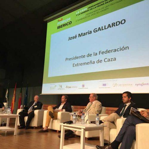 Gallardo destaca el papel de la caza en materia de sanidad animal