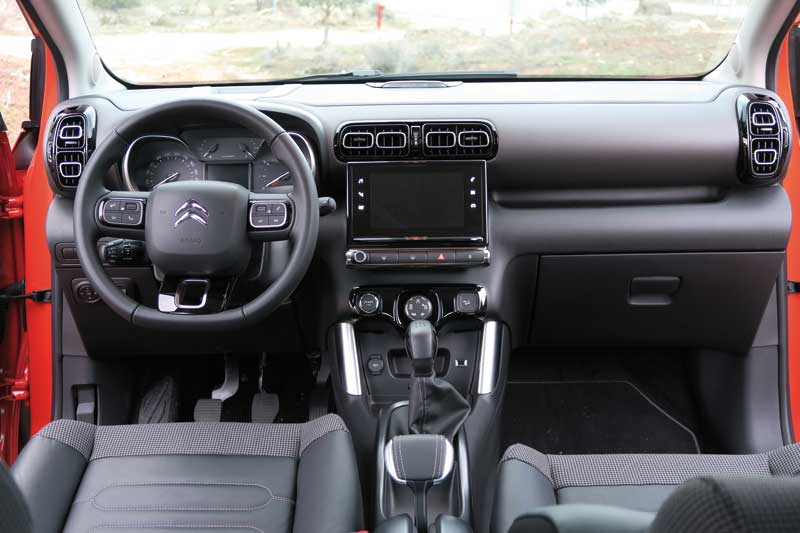 Citroen-c3-aircross-interior