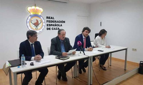 RFEC, RFEDETO, AA y FSA piden la retirada del borrador del Reglamento de Armas