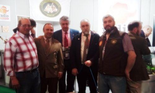 La Asociación Española de Rehalas Celebra su Asamblea Anual en Niebla