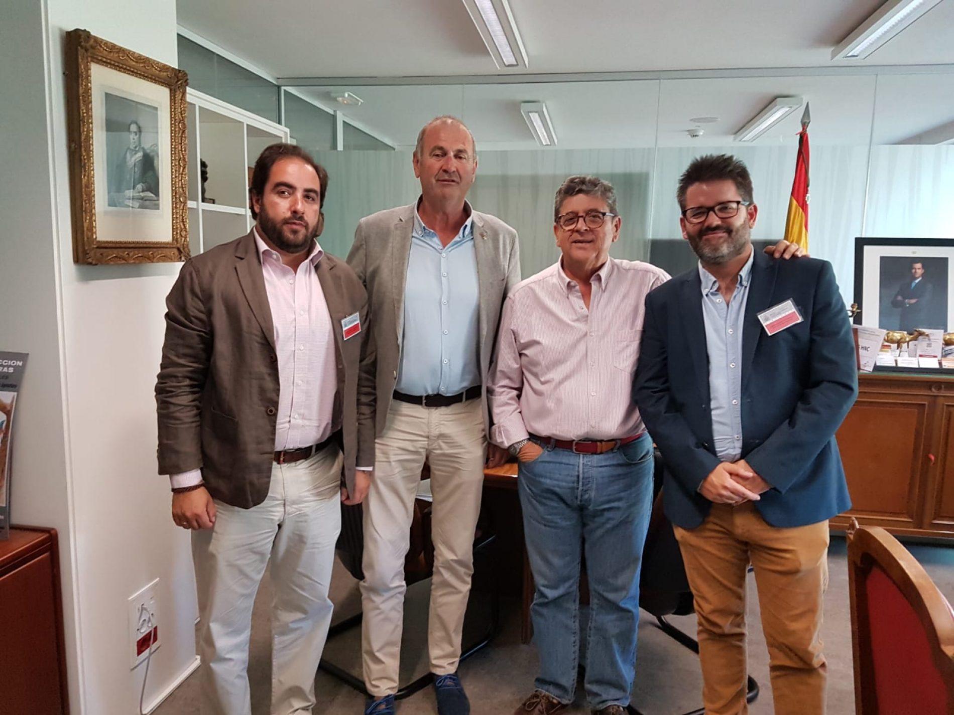 La RFEC y Fundación Artemisan se reúnen con el MAPA para abordar la recuperación de la tórtola común