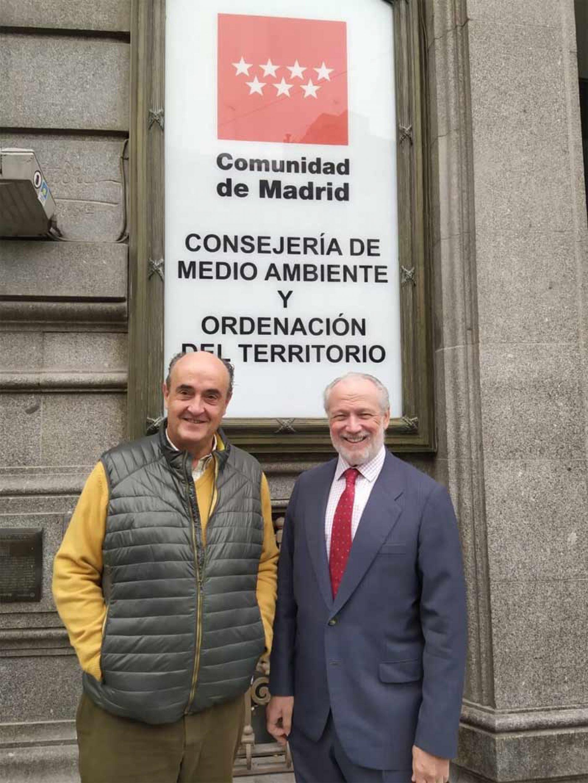 Artemisan defiende ante la Comunidad de Madrid la necesidad de gestión de las poblaciones de cabra montés en Guadarrama