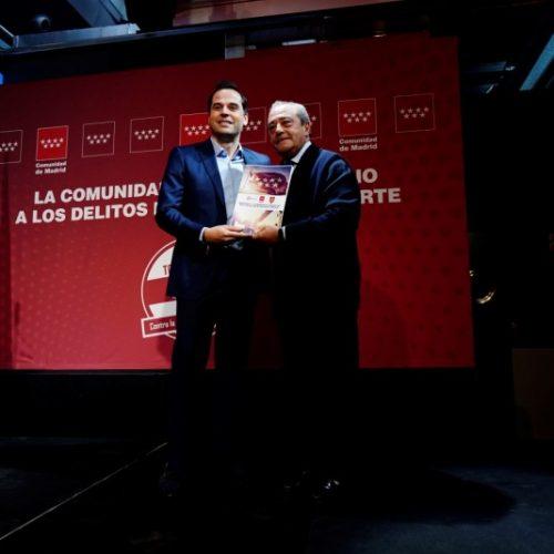 Madrid se vuelca en el manifiesto contra la violencia en el deporte