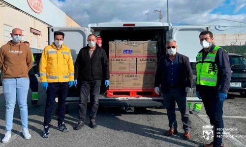La Federación de Caza de la Región de Murcia dona 3.000 litros de lejía para desinfección