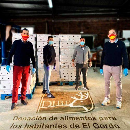 Carnicas Dibe dona 283 lotes de alimentos al Ayuntamiento de El Gordo