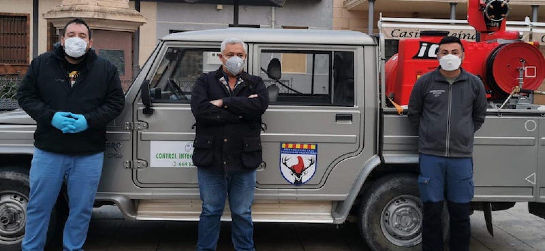 La Federación de Caza de la Comunidad Valenciana realiza las primeras tareas de desinfección contra el COVID-19