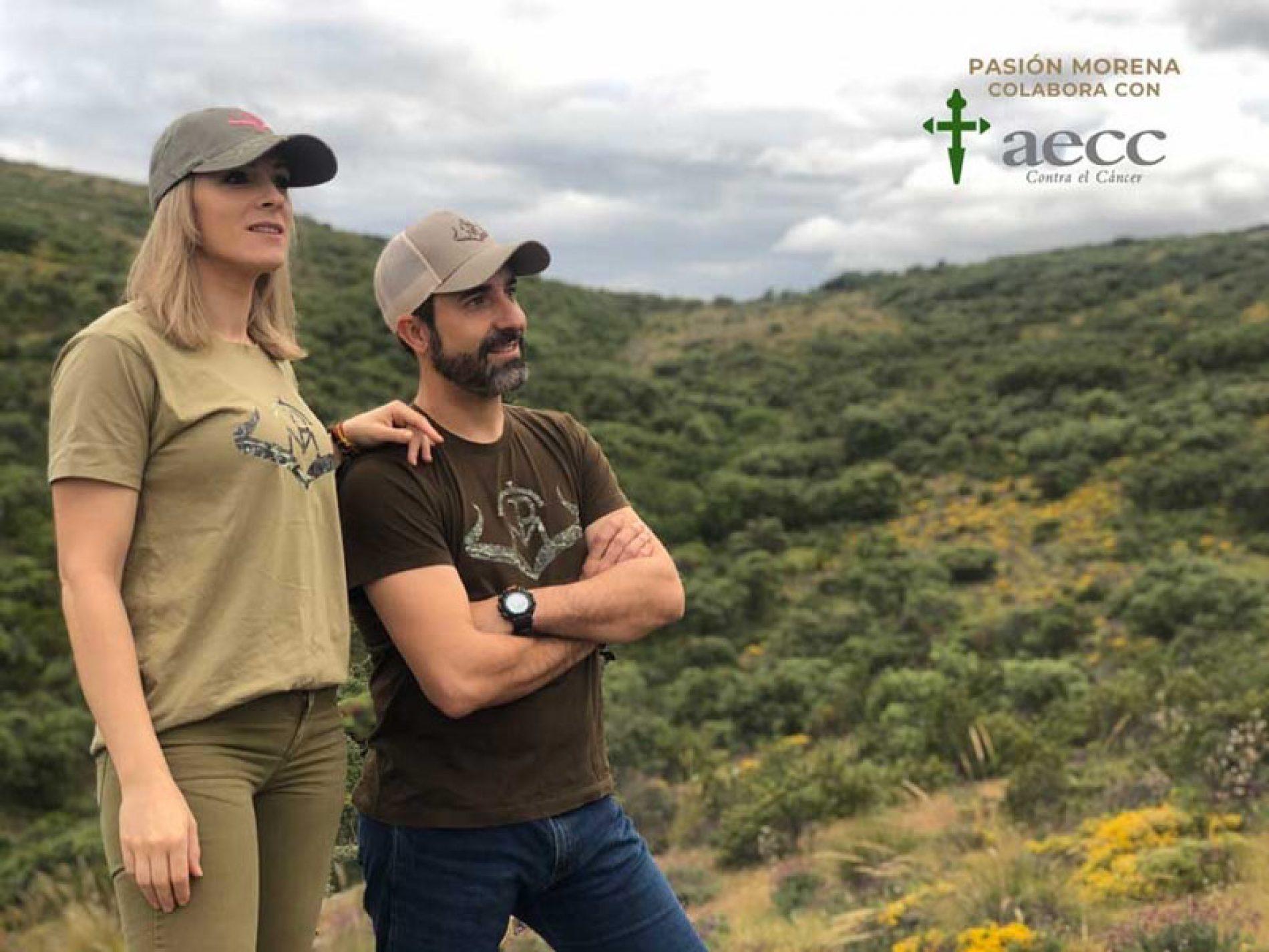 Pasión Morena crea una línea de prendas solidarias con la Asociación Española Contra el Cáncer (AECC)