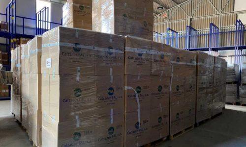Calzados Fal dona 4.000 pares de calzado para las personas refuguiadas