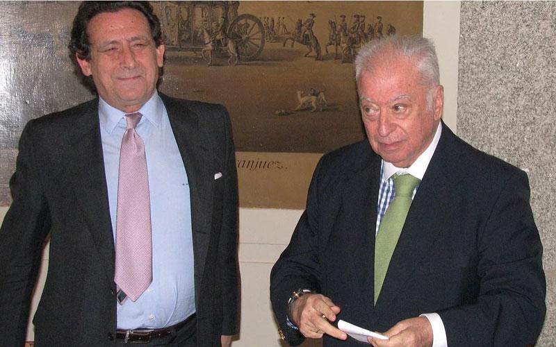Alfonso Ussía y Tico Medina, Premio Literario Jaime de Foxá